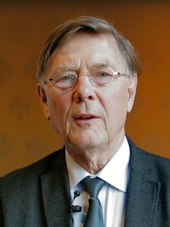 Ab Osterhaus wekt woede: 'Absoluut niet terug naar normaal als iedereen gevaccineerd is'