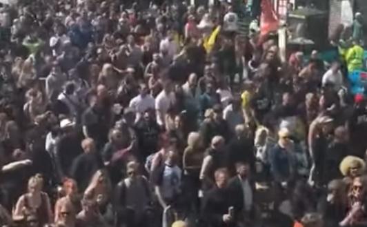 Media oorverdovend stil: '1 miljoen mensen' lopen mee in vrijheidsmars Londen